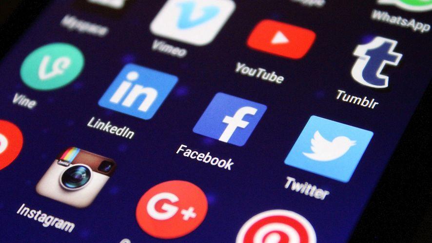 TikTok zdetronizował Facebooka