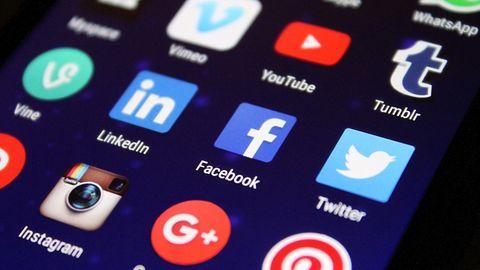 Facebook stracił pozycję lidera. TikTok najchętniej pobieraną aplikacją na świecie