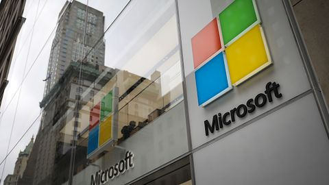 Microsoft wypowiada wojnę hakerom. Łączy siły z McAfee w walce z ransomware