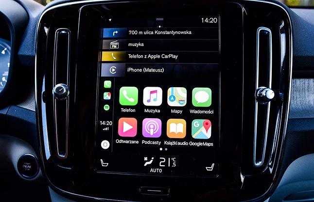 Apple CarPlay – oprogramowanie Apple w samochodzie.
