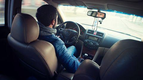 Uber bezpłatnie ubezpieczy kierowców i kurierów. Co z pasażerami?