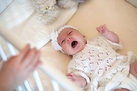 Kolka u noworodka - objawy kolki jelitowej, kolka gazowa