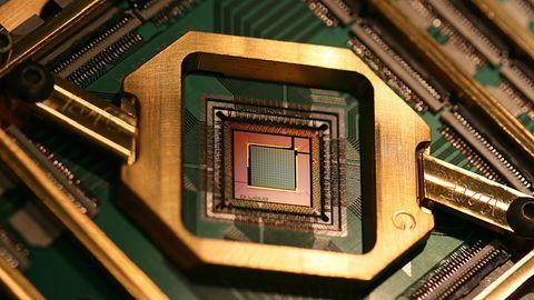 Komputer kwantowy z 5 tys. kubitów trafił do Los Alamos. D-Wave sprzedało pierwszy egzemplarz
