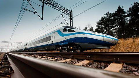 Pendolino wciąż bez WiFi. Najdroższe pociągi Polski offline do końca roku