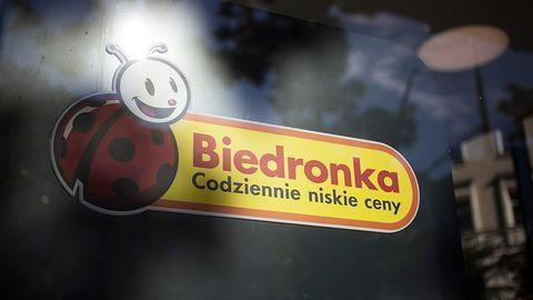 Karta o wartości 500 zł do Biedronki to blef. Uwaga na fałszywe posty na Facebooku (aktualizacja)