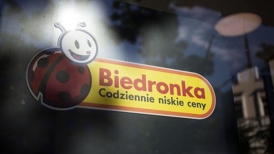 Biedronka nie rozdaje kart podarunkowych na Facebooku, fot. Getty Images