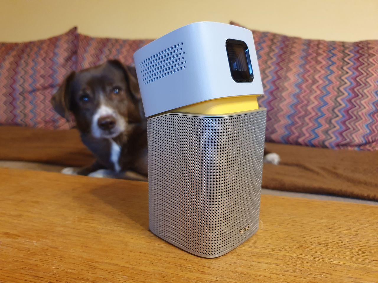 BenQ GV1 — mobilny projektor bezprzewodowy