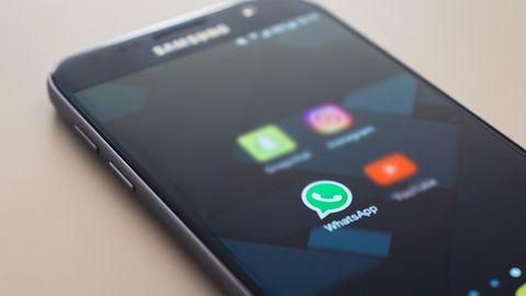 WhatsApp i zmiany prywatności: niektórzy przesiadają się na komunikator z 1996 r.