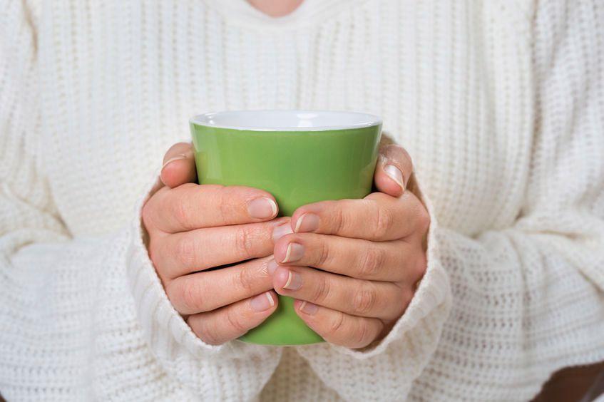 Kubek zielonej herbaty