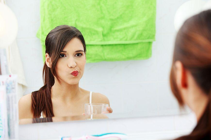 Zbyt częste płukanie jamy ustnej