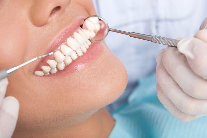 Zabiegi dentystyczne