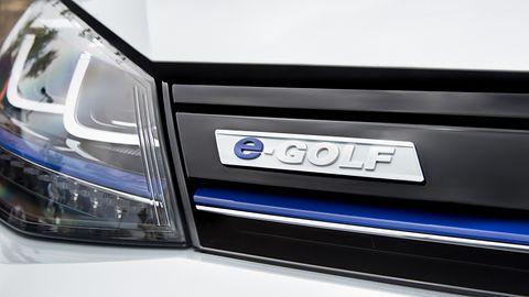 Volkswagen będzie wypożyczać samochody elektryczne na minuty, zacznie w 2019 roku