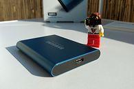 Pół terabajta wolnego miejsca na szybkim dysku przenośnym. Recenzja Samsung Portable SSD T5