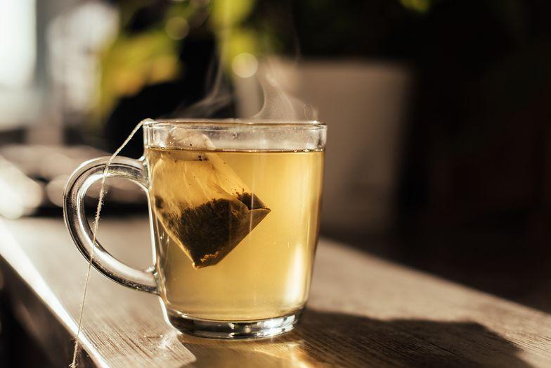 Nigdy nie pij herbaty w ten sposób. Wydano ostrzeżenie