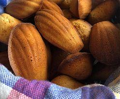 Magdalenki. Przepis na kultowe francuskie ciasteczka