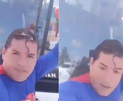 Przebrany za Supermana chciał zatrzymać autobus. Został... potrącony