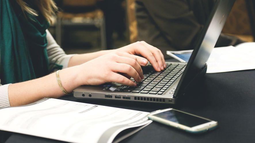 Zagrożenia w sieci to codzienność. Jakie programy zabezpieczające warto zainstalować?