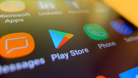 Sklep Play Google: 10 popularnych aplikacji instalowało trojany bankowe