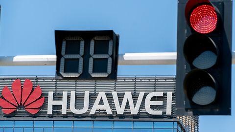 Huawei nielegalny w USA. Senat zakazuje kupna chińskiego sprzętu sieciowego