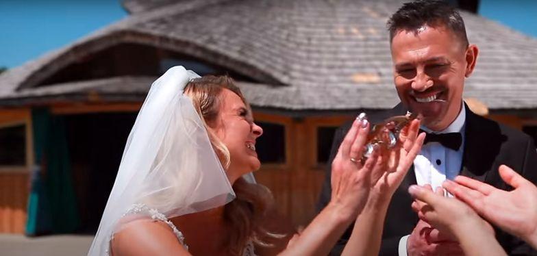 """Krzysztof Ibisz żeni się, ale tylko w teledysku Sławomira """"Weselny Pyton"""""""