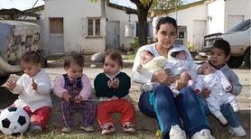 21-letnia dziewczyna jest matką siedmiorga dzieci. Pierwsze urodziła w wieku 14 lat