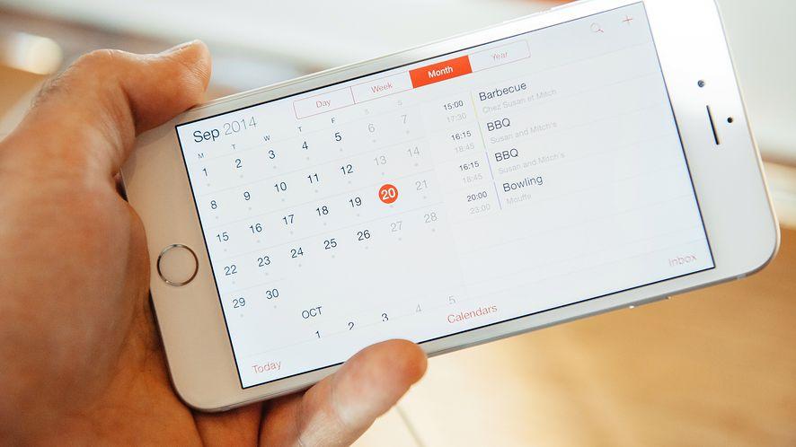 Aplikacja Kalendarz na iPhonie z depositphotos