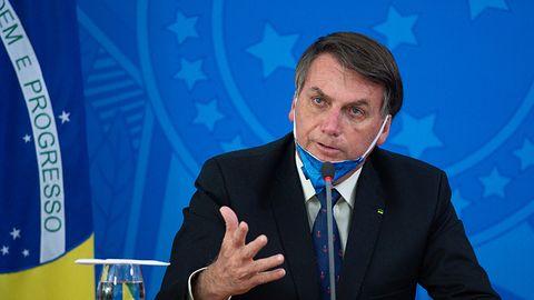 Facebook i Twitter bez respektu dla prezydenta Brazylii. Wpisy o koronawirusie wyleciały