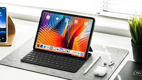 Apple iPadOS 14: od teraz pogramy także po ludzku. Myszką i klawiaturą