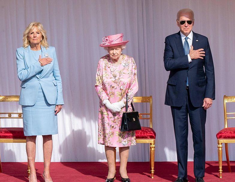 Poważna wpadka Bidena na spotkaniu z królową Elżbietą. Naruszył protokół królewski