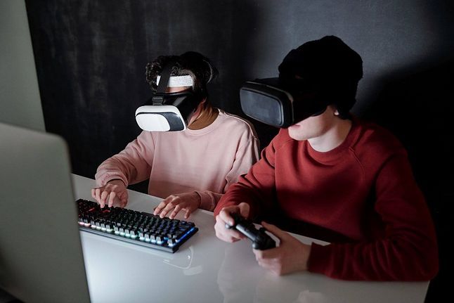 Dlaczego warto grać w gry komputerowe?