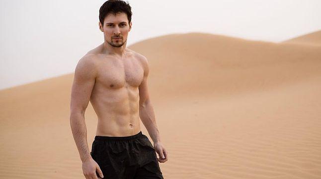 Pavel Durov w różnych wersjach. W internecie dostępne są nawet bardziej roznegliżowane, ale postanowiłem oszczędzić Wam takich wrażeń.