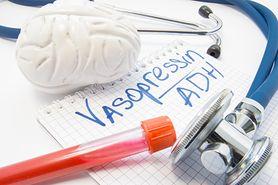 Wazopresyna - produkcja, funkcje, niedobór, nadmiar, SIADH