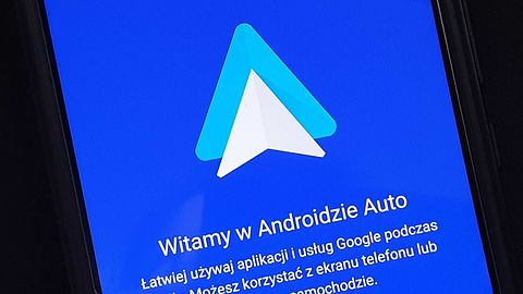 Android Auto ma problem z Wiadomościami Google'a. Lektor nie chce czytać SMS-ów