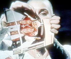 """Cały świat zobaczył, jak drze zdjęcie Jana Pawła II. """"Nie żałuję"""""""