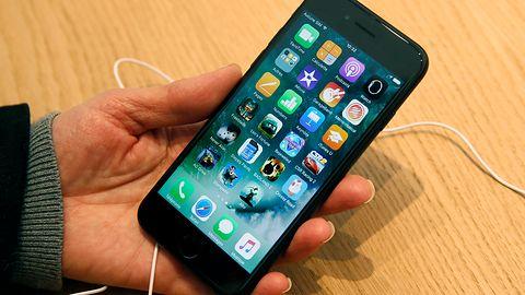 Android 10 w iPhonie 7 i 7 Plus. Sprawdź projekt Sandcastle