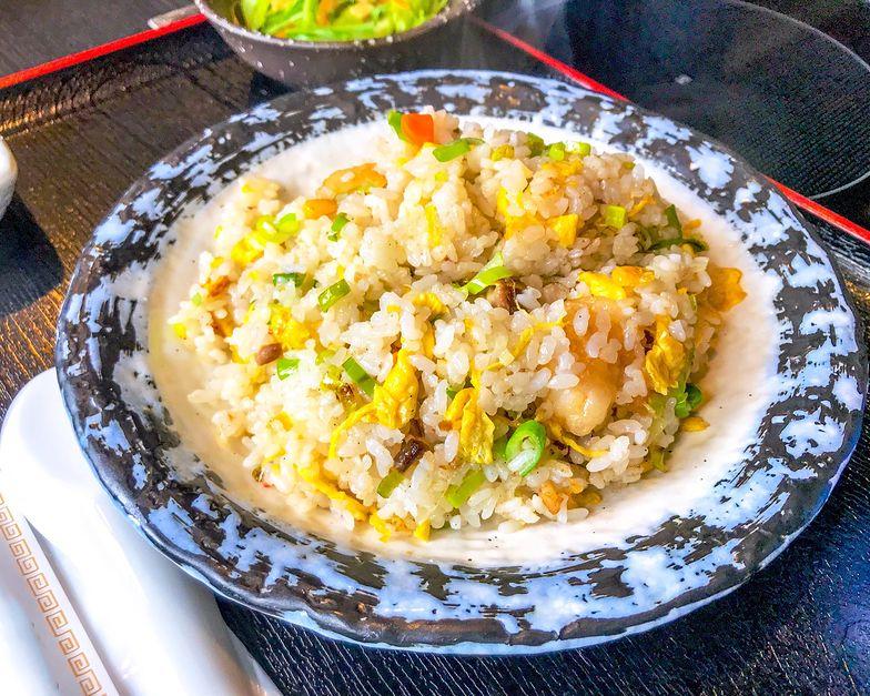 Tani, szybki i zdrowy obiad. Przepis na ryż smażony