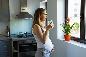 Naturalna pielęgnacja podczas ciąży. Składniki, które zadbają o skórę przyszłej mamy