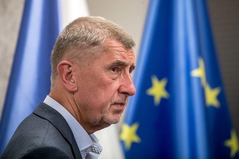 Ochroniarz czeskiego premiera wystrzelił w samolocie