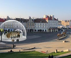 Szklana kula w Lublinie. W środku McDonald's