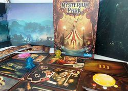 Recenzja Mysterium Park. Dixit, kooperacja i kryminalna zagadka