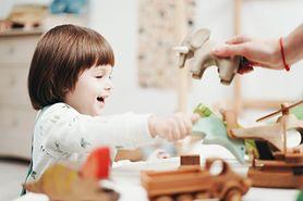 Gryzak drewniany – pomysł na prezent dla niemowlaka