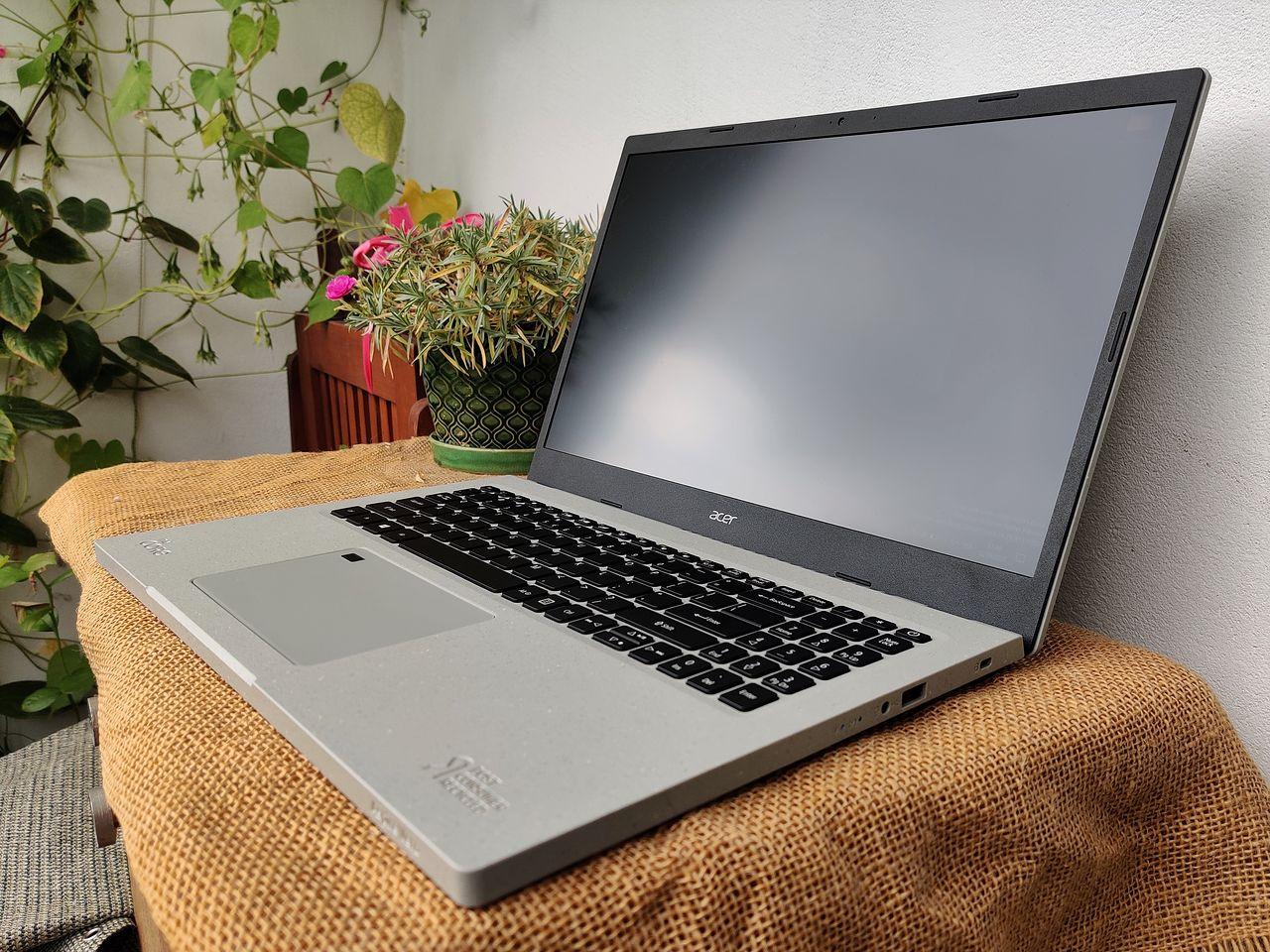 Acer Aspire Vero - pierwszy na świecie przyjazny ekologii laptop z recyklingu! - Plastik PCR to istne złoto!