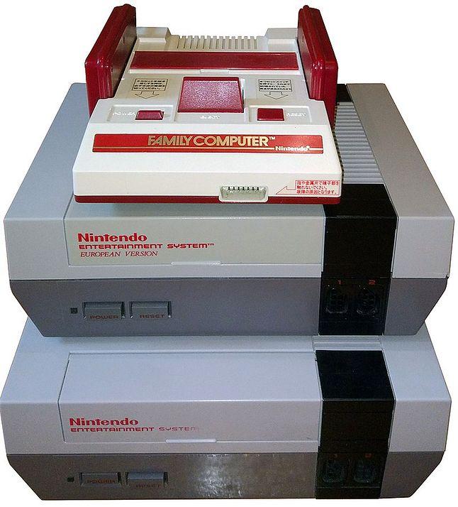 Japoński, europejski i amerykański model NES-a. Źródło grafiki: Wikipedia.
