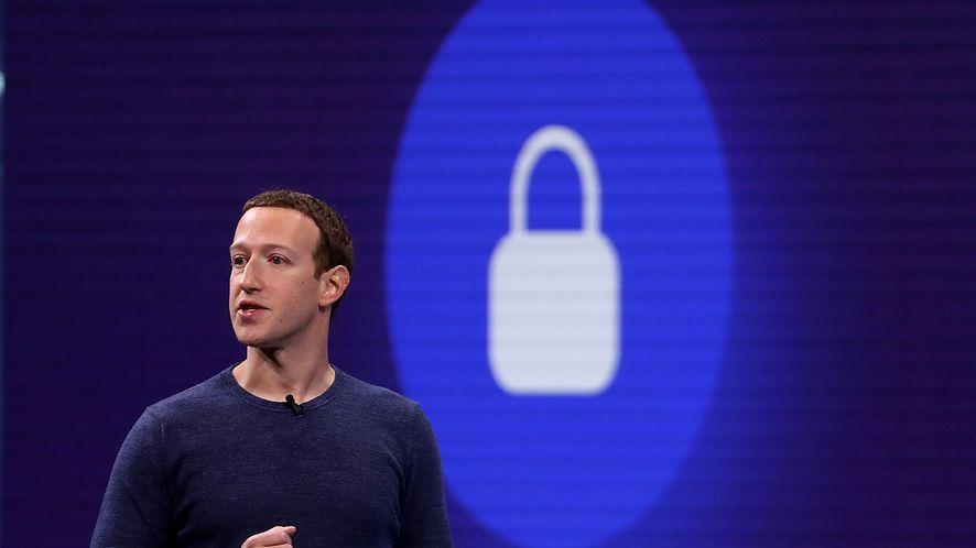 Facebook chce uzyskać jeszcze więcej od Apple /fot. GettyImages