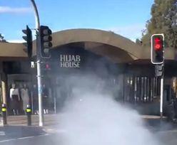 Kierowca wjechał w sklep z hidżabami. Co najmniej 12 osób rannych