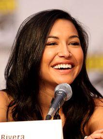 """Obsada """"Glee"""" zebrała się, by uczcić Nayę Riverę"""