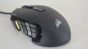 Corsair Scimitar Pro, mysz z 17 przyciskami