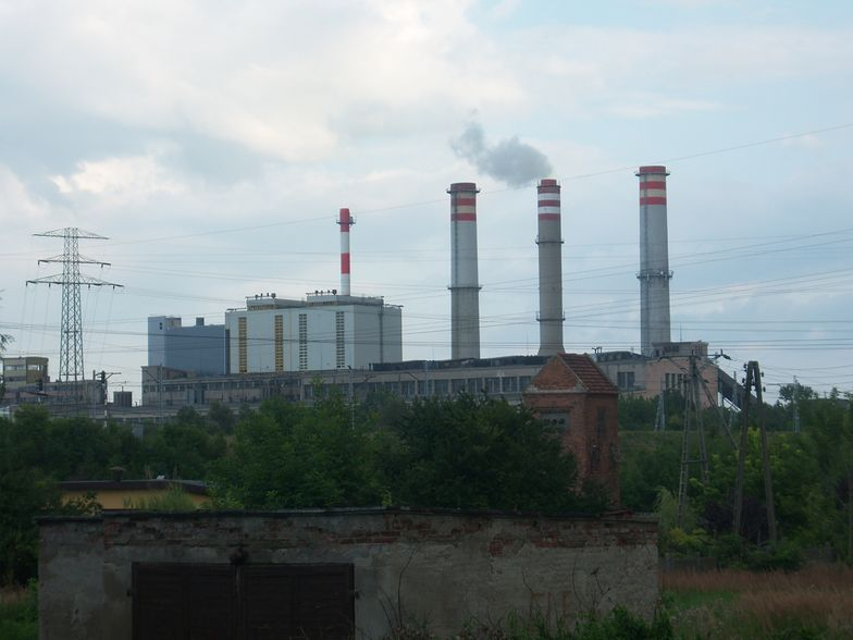 Tragedia w Koninie na terenie elektrowni. Nie żyje 54-latek
