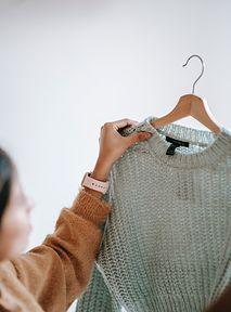 Jak czytać metki ubrań? Przewodnik po najważniejszych certyfikatach