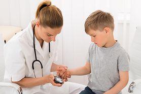 Mały diabetyk coraz lepiej radzi sobie w szkole. Nie zawsze jest bezproblemowo